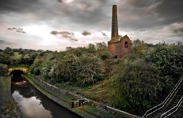 Cobbs Engine House and the Netherton Tunnel Branch Canal, by Stuart Hyde.